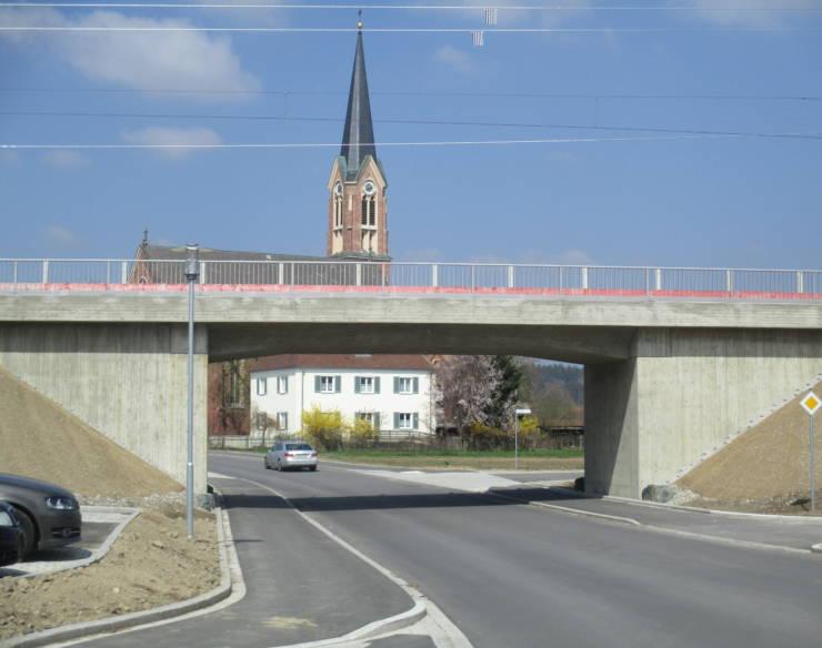 Einweihung der Eisenbahnüberführung in der Hauptstraße in Westerheim