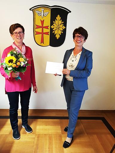 Hannelore Eberhard als Gemeindesekretärin verabschiedet